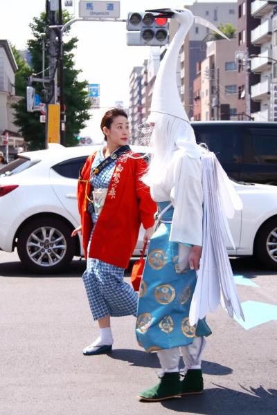 浅草三社祭 白鷺(シラサギ)入場前の公道行進中