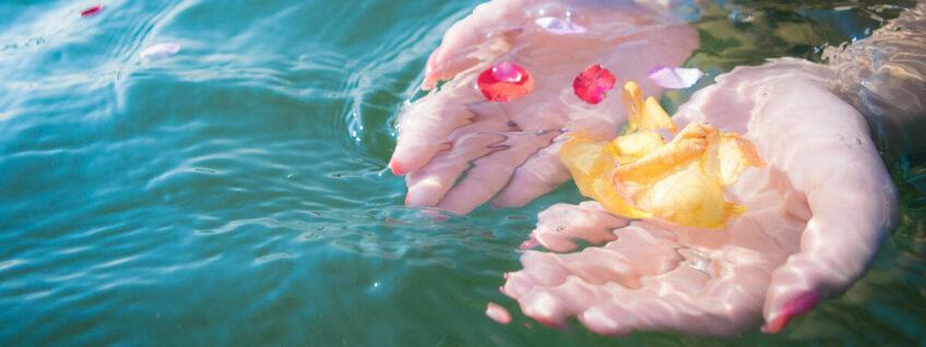温泉泉質分析の専門家集団「中央温泉研究所」と入浴剤の研究について